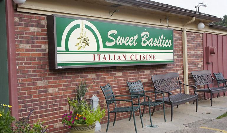 Sweet Basilico Cafe
